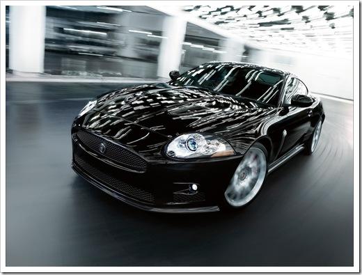 2008-Jaguar-XKR-S-Front-Angle-Speed-Tilt-1280x960